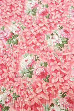 Vintage Home - Antique Welsh Chrysanthemum Quilt.