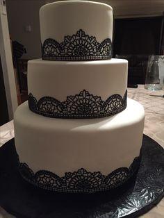 Cake lace black and white wedding cakes