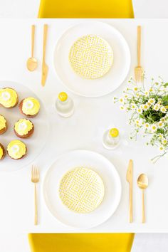 A Mod Daisy Party -- would also be lovely for a baby/bridal shower!