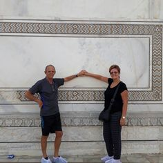 Travelicious Holiday's Guests at Taj Mahal in Agra
