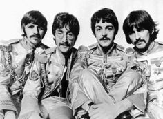 The Beatles Sgts Pepper Lonely Hearts Club Band