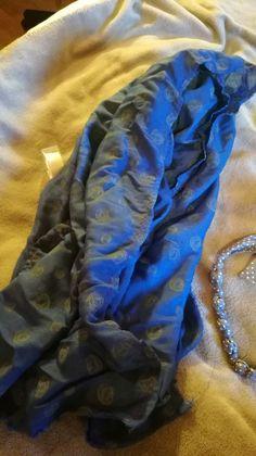 écharpe bleutée