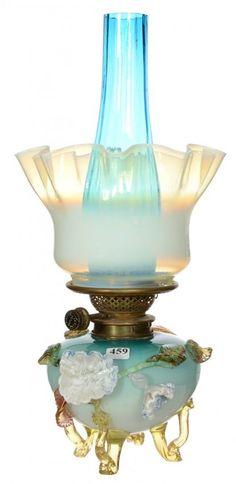 """Lot:17"""" ART GLASS KEROSENE LAMP, Lot Number:459, Starting Bid:$300, Auctioneer:Woody Auction LLC, Auction:17"""" ART GLASS KEROSENE LAMP, Date:05:30 AM PT - Sep 6th, 2014"""