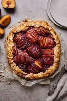 Toasted Almonds, Sliced Almonds, Vegan Desserts, Easy Desserts, German Plum Cake, Gallette Recipe, Brunch Cake, Mango Recipes, Home Baking
