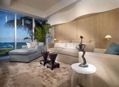 Browse through the 1000 Ocean Contemporary Design Gallery and Portfolio and find out what clients of Interiors by Steven G. can expect.