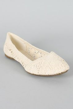 these look very similar to the lace Toms but they are only 19.70! Less than half the price!