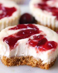 Greek Yogurt Cheesecake, Healthy Cheesecake, Cheesecake Bites, Cheesecake Recipes, Dessert Recipes, Cranberry Cheesecake, Cranberry Sauce, Holiday Desserts, Just Desserts