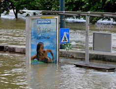 Surfing in the Flood (Budapest, Decathlon, Kos, Budapest, Surfing, Bikinis, Funny, Nice Asses, Surf, Bikini