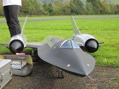 Roger Knobel ( A-12) SR-71 Blackbird Giant Remote Control Turbine Jet - YouTube