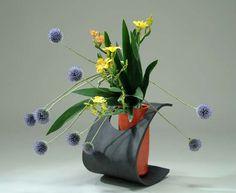 Blackberry lily-flower arrangement 専慶 flow