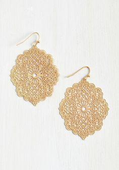Accessories - Filigree Glee Earrings