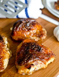 Sweet and Sticky Honey Garlic Chicken. Overall, this was pretty good. It definitely doesn't need broiled for 5 minutes! Mine was starting to burn with just a few minutes! Just a few minutes on the regular heat will make the sauce into a glaze and taste good.