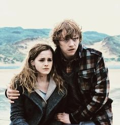 Ron and Hermione in DH1