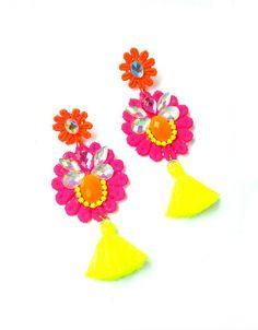 Jewelry Making, Diy Jewellery, Fabric Jewelry, Spring Colors, Statement Jewelry, Tassels, Jewels, Drop Earrings, Floral