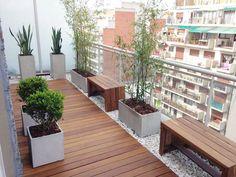Moderner Balkon, Veranda & Terrasse von Estudio Nicolas Pierry: Diseño en Arquitectura de Paisajes & Jardines