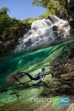 Freediving under the paradise water fall Photo by Marc Henauer -- National Geographic Your Shot Underwater Photography, Amazing Photography, Travel Photography, Landscape Photography, Photography Ideas, Nice Dream, Underwater Pictures, Waterfall Fountain, Water Resources