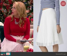 Melissa's white pleated lace skirt on Melissa and Joey.  Outfit Details: http://wornontv.net/42066/ #MelissaandJoey