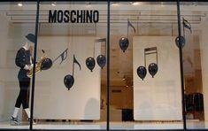 Moschino vitrina