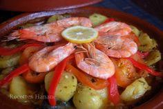 Voici une autre version de cuisson de la daurade (ou dorade), grâce à ce plat traditionnel marocain en terre cuite, les aliments sont parfaitement parfumés et la cuisson est homogène, une recette équilibrée et diététique, facile à réaliser et riche en... Shrimp, Voici, Meat, Ramadan, Food, Eten, Meals, Diet