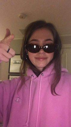 - ̗̀ saith my he A rt ̖́- Pretty People, Beautiful People, Tmblr Girl, Selfie Poses, Insta Photo Ideas, Bad Girl Aesthetic, Instagram Story Ideas, Grunge Hair, Mood Pics
