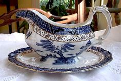 Beautiful Real Old Willow by Booth's Gravy Boat with Attached Under plate, 1910/ Collectible/Blue Willow/ Antique China/Made in England