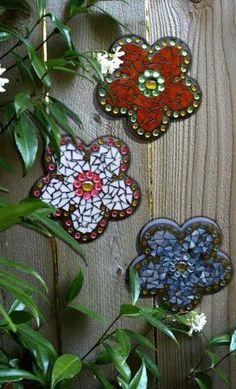 Mosaic flowers--------such fun in the garden! by Hercio Dias