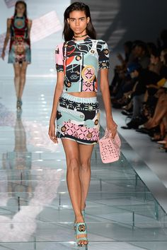 Versace Spring 2015 Ready-to-Wear - Collection - Gallery - Look 29 - Style.com