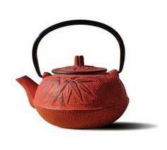 Red Cast Iron Osaka Teapot 20 Oz