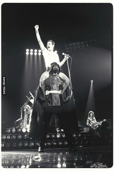 Photo Of Freddie Mercury Ridin Darth Vader closing the show by Tom Callins August 10th,1980