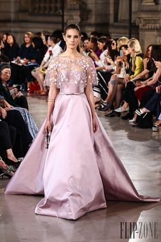 Pink snowflakes - 19 pink Haute Couture gowns this Winter