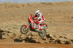 Rally Raid, Tricycle, Motorcycle, Vehicles, Motors, Hall Runner, Outfits, Motorcycles, Sharpies