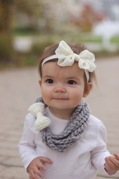 Crochet Baby Scarf with Bow, Toddler Scarf, Chain Loop Scarf, Chain Scarf, Soft, Bulky Yarn, Color Choice, Crocheted, Women's, Circle Scarf by TinyLittleMemories on Etsy https://www.etsy.com/listing/208914974/crochet-baby-scarf-with-bow-toddler