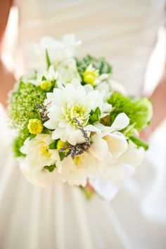 White and green bouquet with hints of yellow