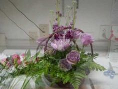 How to make a fresh flower basket with Butterflies on it - YouTube