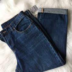 "Boyfriend Jeans Purchased size too small, sturdy and thick. Waist measures 37"" inseam is 21.5"" (as pictured/folded) material: 100% cotton. NO TRADES Urban Outfitters Jeans Boyfriend"