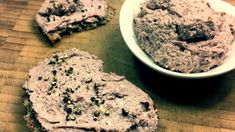 Portweincreme zubereiten - Rezept von Joes Cucina Verde Cookies, Desserts, Food, Good Red Wine, Spreads, Carrots, Food Food, Crack Crackers, Tailgate Desserts