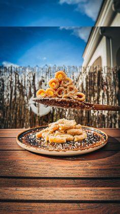cocinaconchia • Audio original Audio, Table Decorations, The Originals, Instagram, Arrows, Macaroons, Pasta Recipes, Dinner Table Decorations