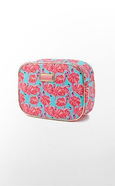 All Done Up Makeup Bag Large, Lily Pulitzer Lilly Pulitzer Bags, Lily Pulitzer, Large Bags, Small Bags, Preppy Style, My Style, Resort Wear For Women, Everything Pink, Cute Bags