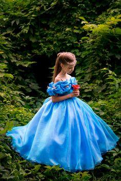 Cinderella Costume Kids, Cinderella Dresses, Disney Dresses, Cinderella 2015, Disney Princess Outfits, Princess Dress Kids, Princess Dress Patterns, Girls Party Dress, Girls Dresses