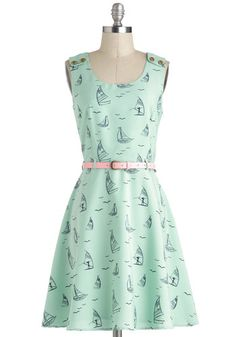 This mint print has us yearning for warm and sunny days!