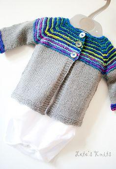 Top Down Baby Sweater w/sock yarn Ravelry: Linnie pattern by Justyna Lorkowska  #knitting  #babysweater