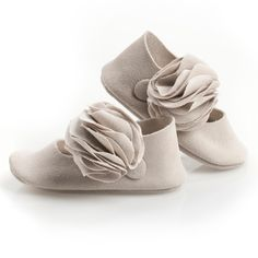 In love with these handmade baby shoes!