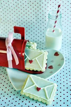 <3 <3 Milky Love <3 <3 45 Mouthwatering Valentines Day Food Ideas
