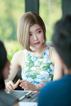 dj cewe indonesia hot at DuckDuckGo Pretty Asian, Bob Hairstyles, Hair Color, Hair Styles, Womens Fashion, Beauty, Dresses, Kawaii, Hairdos