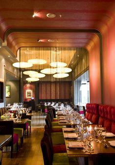 Luxurant Dublin brings you the Top-Ten Fine Dining Restaurants in Dublin with Irish and International Cuisine for a Real Luxury Experience. Restaurants In Dublin, Restaurant Offers, Fusion Food, Fine Dining