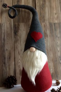 "Jumbo ""Valentine's Day"" Gnome ""Ollie"" Woodland Tomte decoration DaVinciDollDesigns Christmas Collection Christmas Gnome, Christmas Projects, Christmas Ornaments, Scandinavian Gnomes, Scandinavian Christmas, Swedish Christmas Decorations, Felt Crafts, Holiday Crafts, Swedish Tomte"