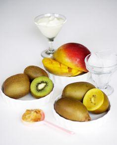 honey, yoghurt, mango, kiwi fruit, fruit smoothie with yogurt, peach smoothies, recipes with kiwi fruit, smoothie fruit, mango smoothie with...