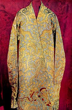 Caftan in the Hermitage collection  Extant Piece (The pattern is what I want dangit)