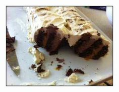 Caramello Ripple CakeStay at Home Mum – Survive and Thrive on One Wage Just Desserts, Delicious Desserts, Yummy Food, Baking Recipes, Cake Recipes, Dessert Recipes, Choc Ripple Cake, Yummy Treats, Sweet Treats