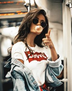 Fashion Photography Pastel Outfit Ideas For 2019 Shotting Photo, Instagram Pose, Disney Instagram, Instagram Profile Picture Ideas, Cool Instagram Pictures, Instagram Models, Instagram Fashion, Foto Casual, Girl Photography Poses
